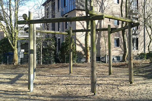 Defekte Schaukeln Spielplatz Stüssgeshof